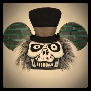 NWT! 🕷Disney Haunted Mansion Hatbox Ghost Ears